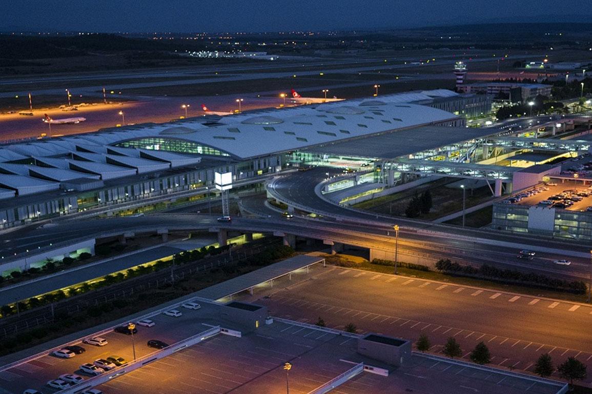 izmir adnan menderes havalimanı